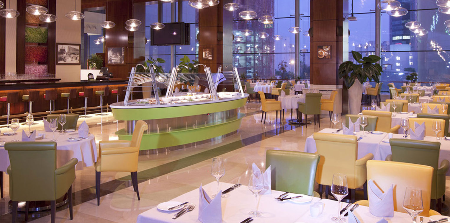 Le Central (International Cuisine) - La Cigale Hotel