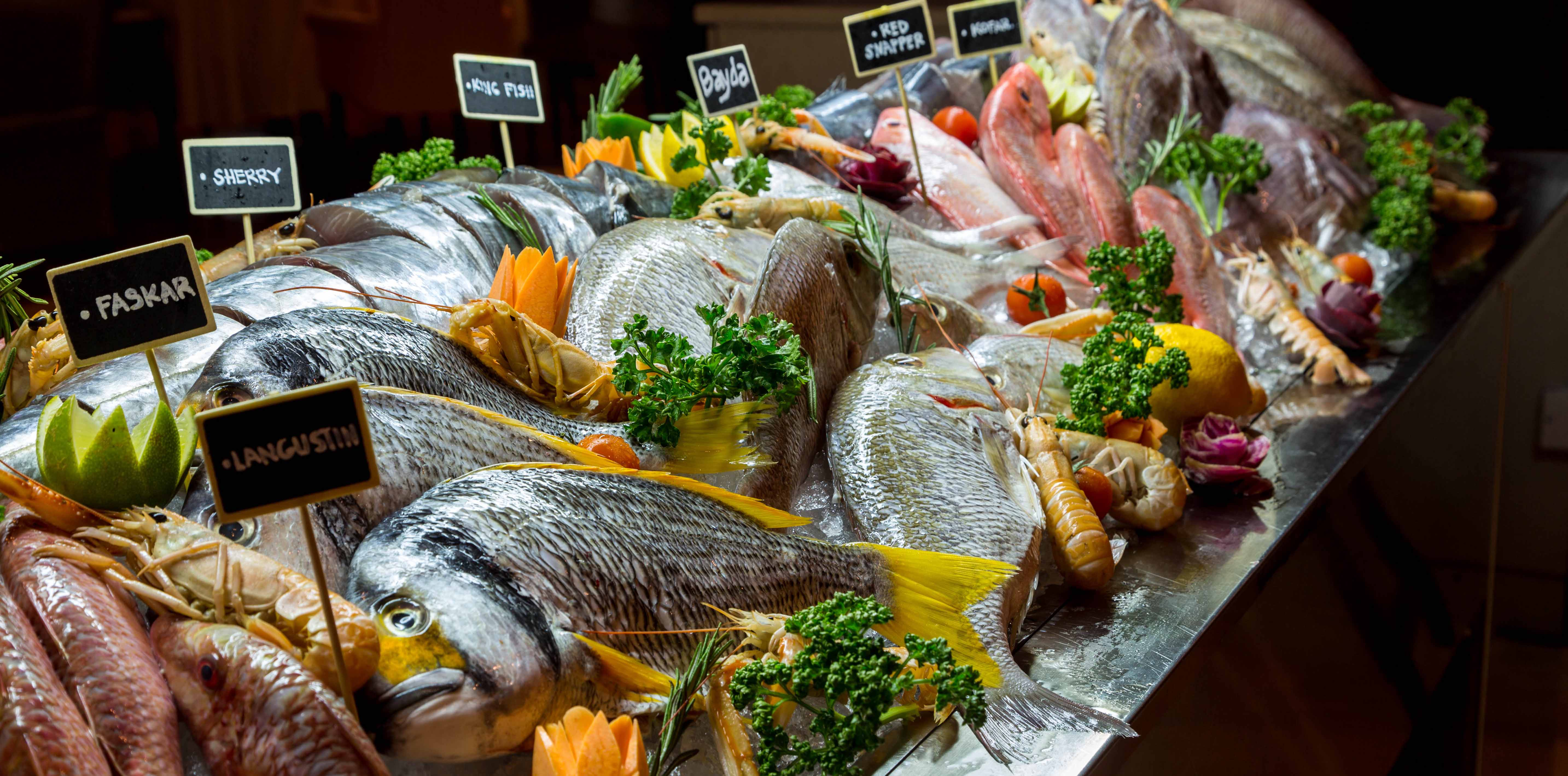 Le Central Seafood Display